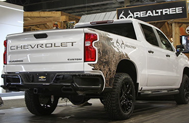New Chevrolet Silverado Realtree Edition Answers Call Of The Wild